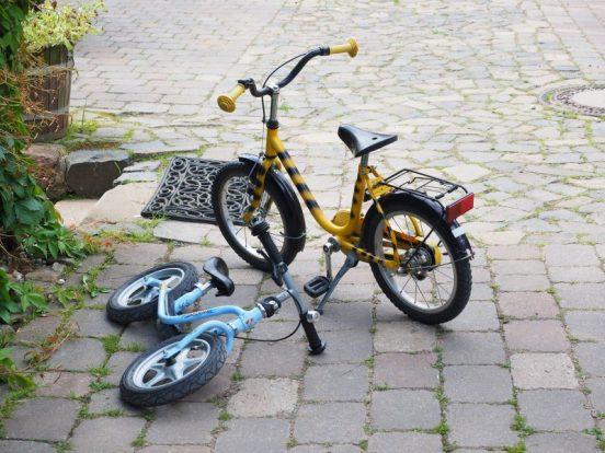 Løbecykel styrker dit barns balanceevne, så det hurtigere lærer at cykle