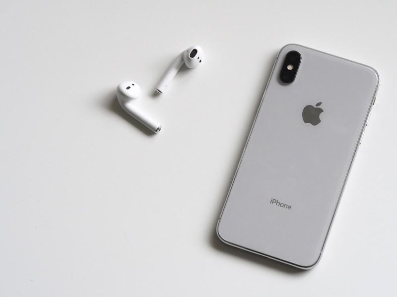 Skån din iPhone X med panserglas