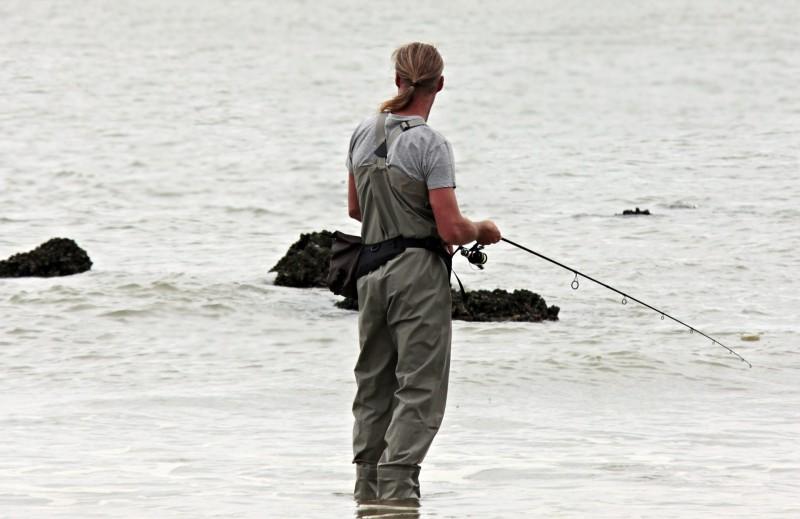 Sæt en spinner på linen og tag med ud og fisk