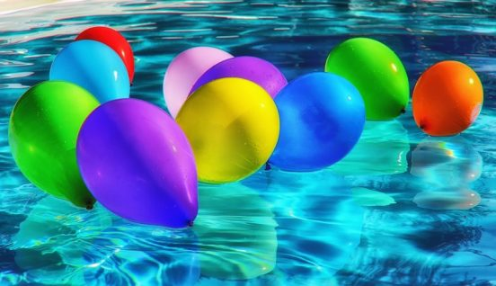 Lav en anerledes overraskelse ved at sende heliumballoner