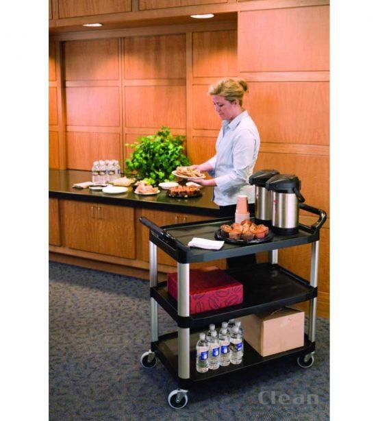Serveringsvogne og rulleborde er uundværlige